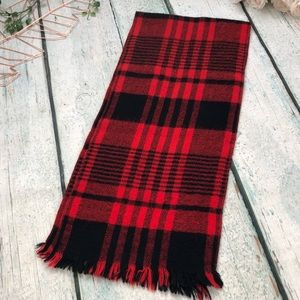 Accessories - Holiday scarf red black plaid checkered fringe